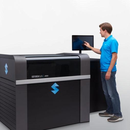 Stratasys J850 3D nyomtató - full-color, többalapanyag együttes használata