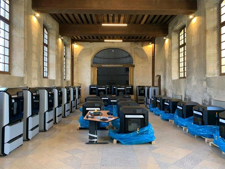 Telepítés alatt a Stratasys F123 3D nyomtatók a Párizsi Egyetemi Kórházban
