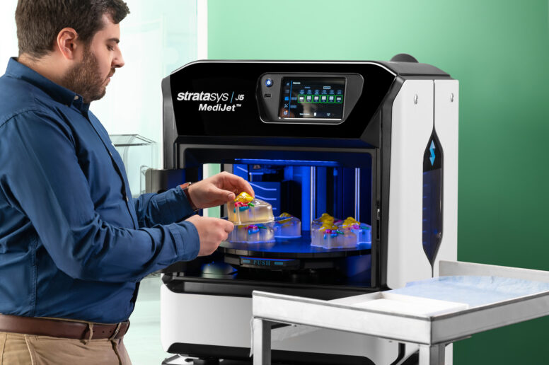 Stratasys J5 MediJet orvosi 3D nyomtató