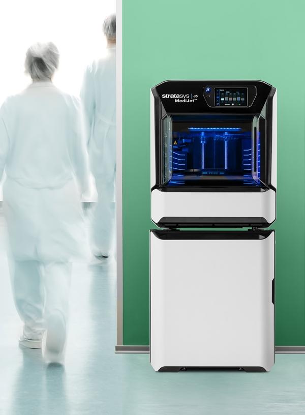 Stratasys J5 MediJet 3D nyomtató kórházi környezetben